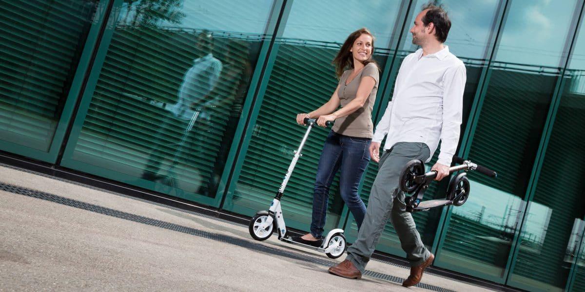 patinete para adultos de ruedas grandes